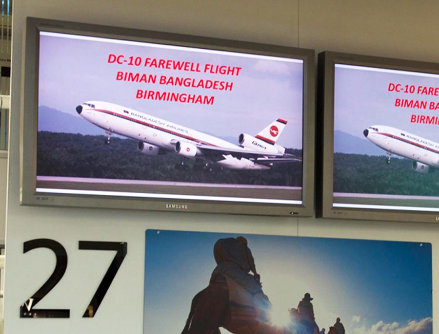 Biman DC-10 marquee